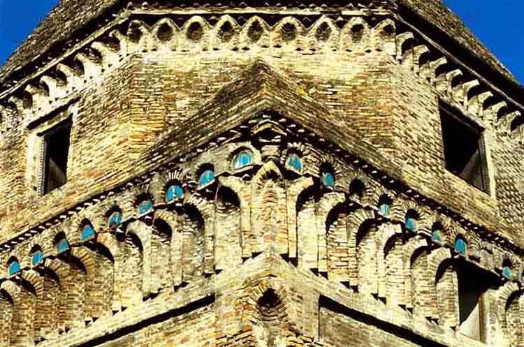 درباره ای برج سلطان زین العابدین ساری باید بدانید